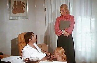 Lussuoso giovane bionda sorella di un uomo nel suo lussuoso hard gratuiti boudoir