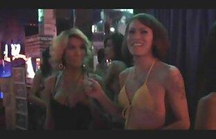 Una giovane puttana accetta di fare un concerto porno secondo le regole di video hard gratis lupo un uomo