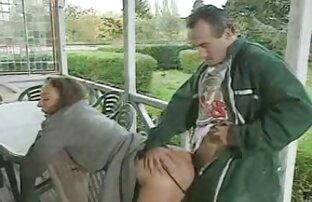 Procace pulcino gode di sesso gratis film hard con il suo amante