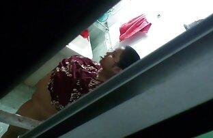 Ragazzo legato una giovane puttana su una sedia e mettere il dito nella vagina bagnata video hard mamme gratis di lei