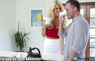 Pikaper film porno gratis in streaming ha preso una cagna a casa sua e rapidamente non è legato a causa di una tenda, cazzo, splendida sul divano