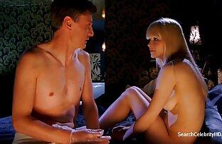 Due donne mature con un trucco fresco messa in scena film porno xxx gratis selvaggio sesso di gruppo con ragazzi