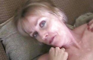 Due lesbiche mature cazzo siti porno video gratis intensamente con un strapon sul divano