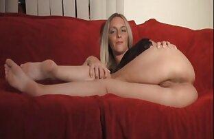 Occhialuto matura casalinga guidare un vibratore video hard sexy gratis sulla sua figa e pronti a godere di estasi