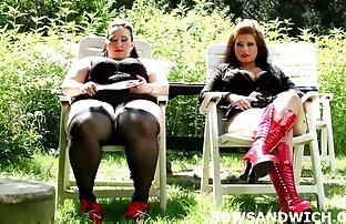 Figa di film hard italiani gratuiti un maturo donne espellere un urina flusso dopo martellante dildo