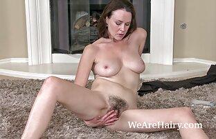 Obbediente Jeanne silenziosamente prende video mature hard gratis anale