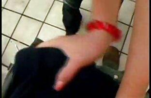 Una giovane ragazza video hard lupo gratis ha deciso di avere una bella scopata con il suo vicino preferito